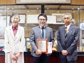 【薬学部】金尾義治教授、平成29年度日本薬剤学会功績賞を受賞!