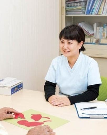 心理士として福山市内の病院で勤務しています。