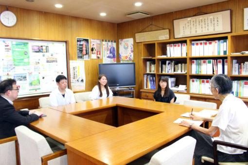 【弓道部】「全国大会に出場します!」部員が学長室を訪問