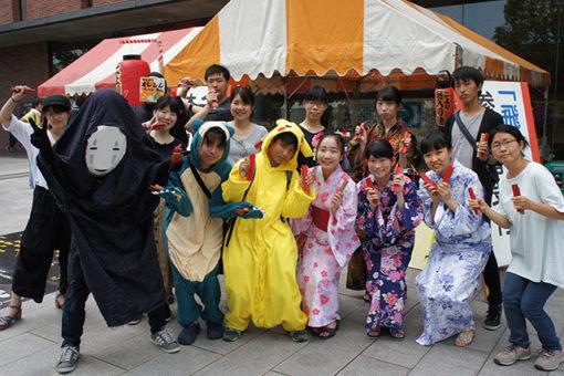 【大学教育センター】自主ゼミF4「二上り踊り」に飛び入り参加!