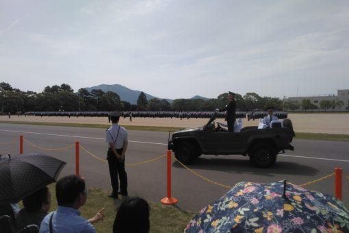 【国際経済学科】航空自衛隊にいる卒業生を訪問しました!