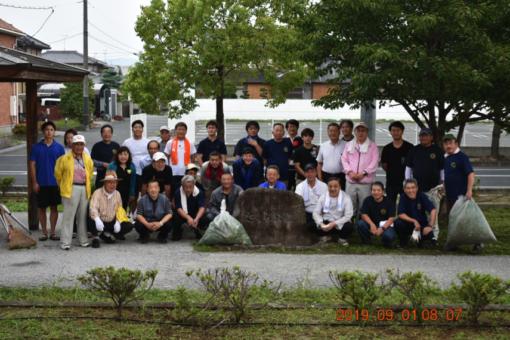 【地域活動】学生・教員 清掃活動で汗を流す!