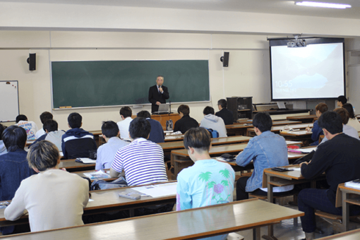 【生物工学科】学生向け「お酒の講座」を開催
