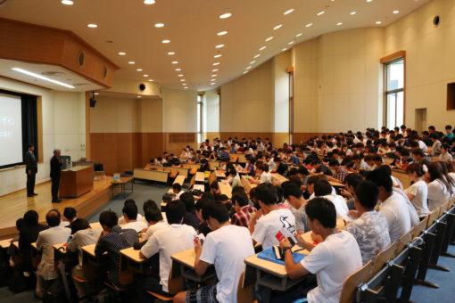 【経済学部】文部科学省後援「ビジネス能力検定試験」に経済学部1年生150名が合格!