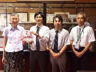 【薬学部】卒業生が架け橋となり、研究機器を寄贈いただきました!