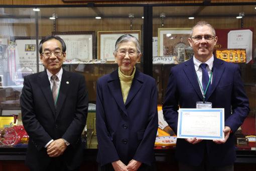 【大学教育センター】最優秀JALT賞をローズ講師が受賞!
