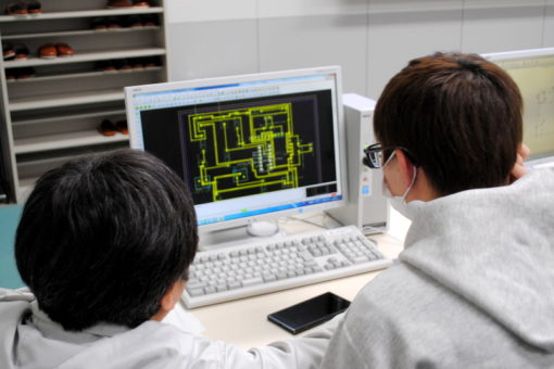 【スマートシステム学科】学生実験と実習授業はどうでしょう?