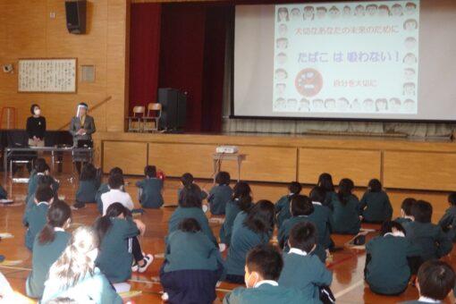 福山市内の小・中学校の喫煙・飲酒防止教育に協力!